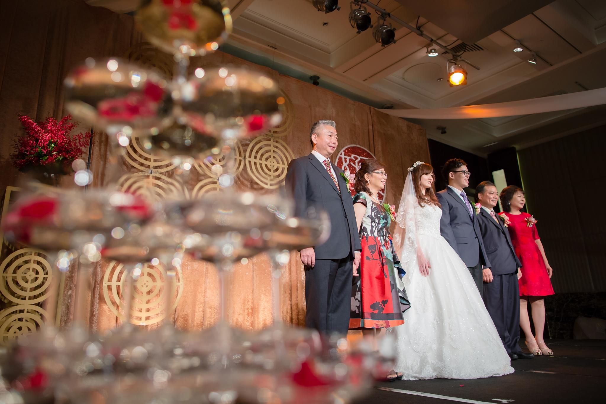072-wedding